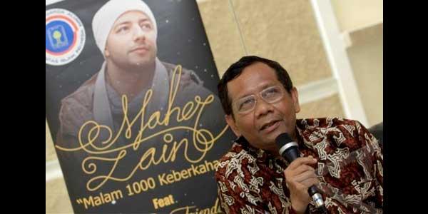 Mahfud MD - IKA UII gelar konser Maher Zain