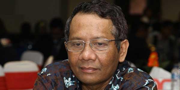 Mahfud MD tuntaskan kasus MK