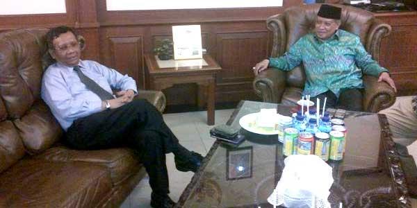 Mahfud MD bertemu Kyai Said PBNU